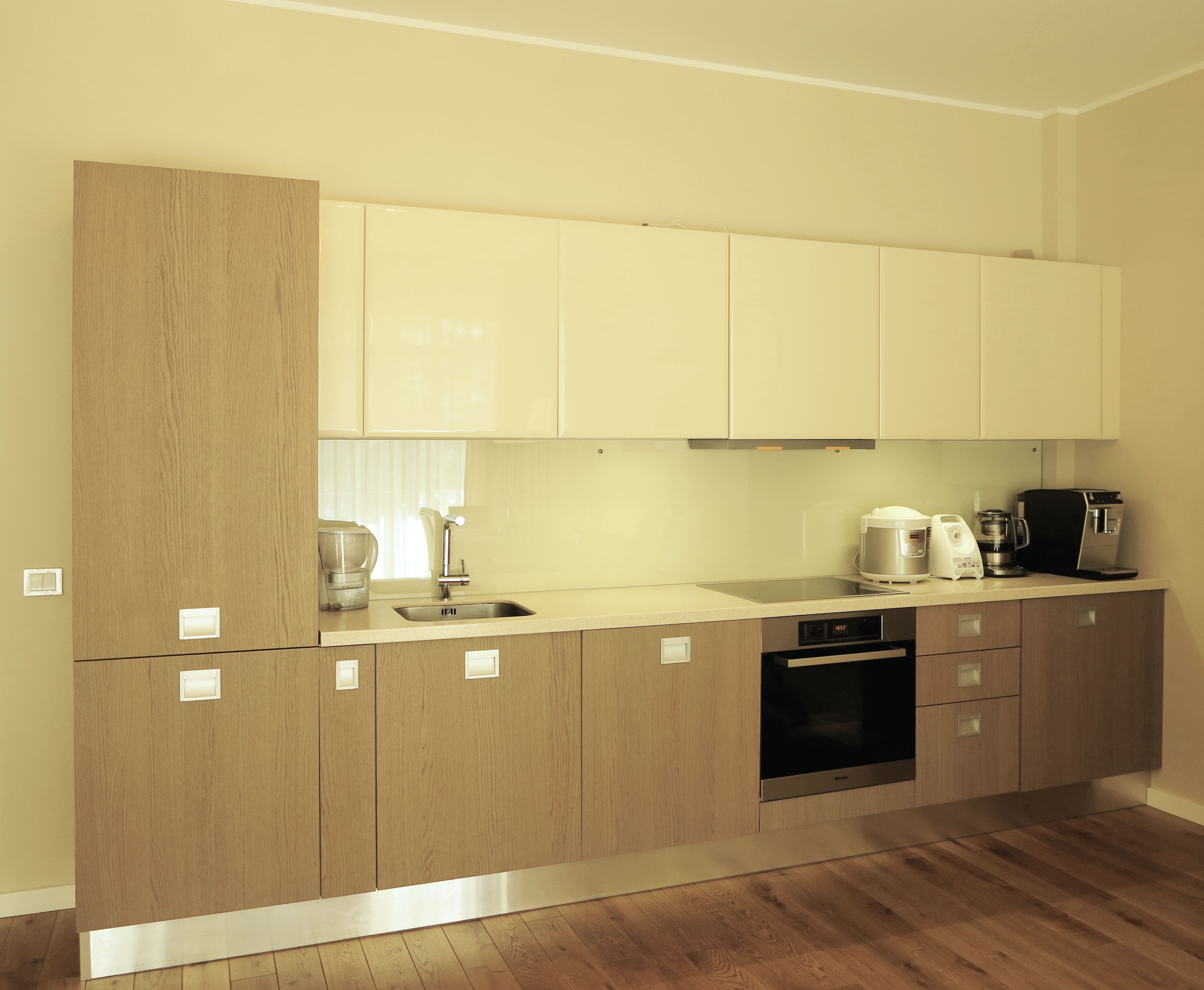 гостиная-кухня-столовая вид 5 обработка