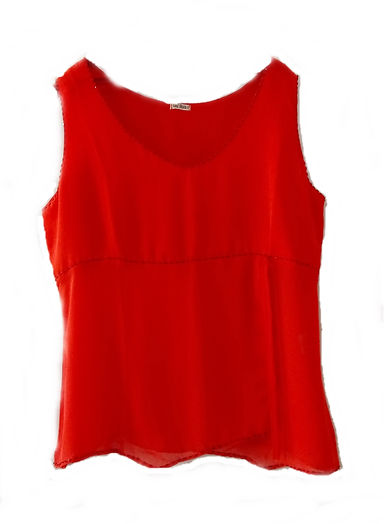 Blusa vermelha fenda.jpg