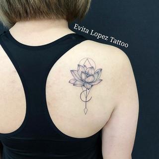 Evita Lopez Tattoo Hong Kong_Lotus Flowe