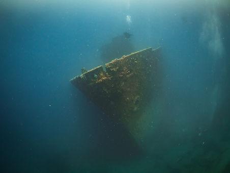 Divng The Americn Tanker in Guam
