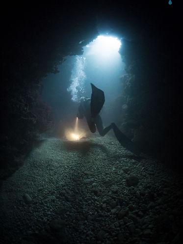 Divng Anae Caverns Guam