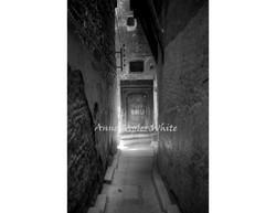 Medina Passageway