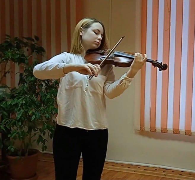 Скрипка, альт, виолончель