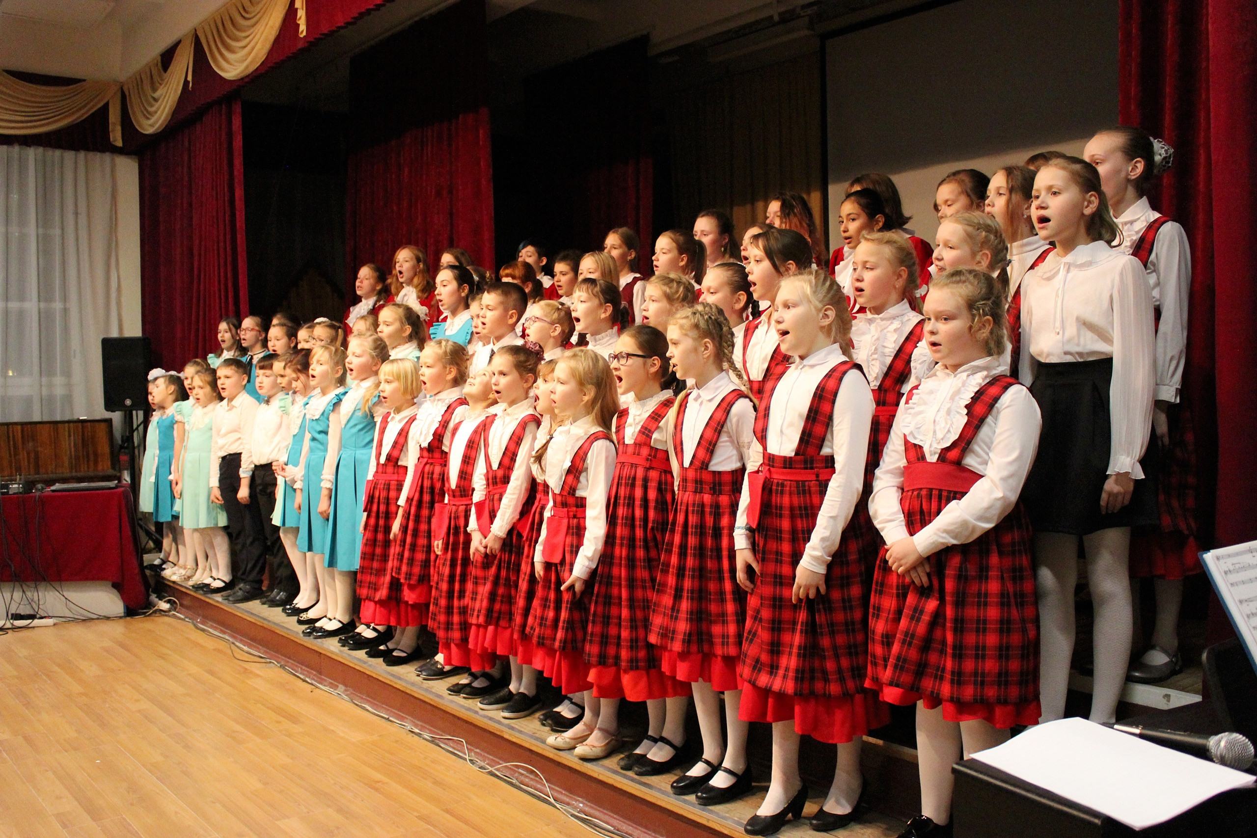 Школьный хор (группа)