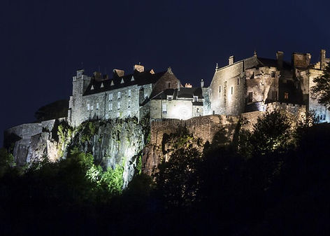 stirling-castle-picture-night-58941154.j