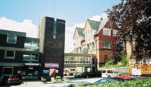 Cookridge Hosp-Old & New Buildings with