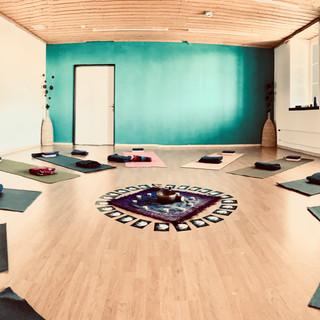 Schneeschuhtouren & Yoga Pilgerhaus Maria Rickenbach