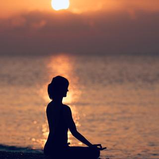 Meditation, Yoga & Hypnosereise mit Adrian Bernasconi