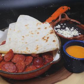 Botana de Chorizo 16.50