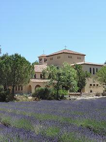 monastère_et_lavandes_(12).JPG