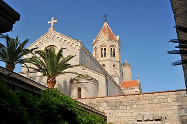 Abbaye-lerins-eglise.jpg
