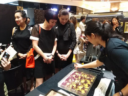 Luxury event Marbling Booth