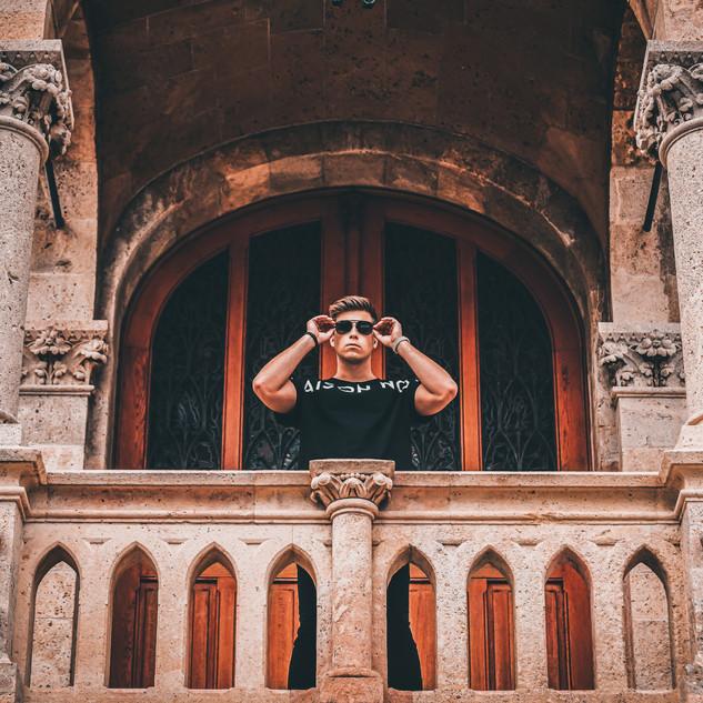 Josh Stanley at palais des justices Mona