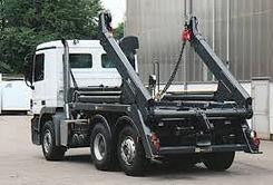 Hvit tom 3 akslet containerbil.jpg