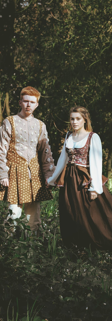 Midsummer_lovers_local_theatre
