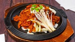 E3. Marinated Spicy Pork Bulgogi 돼지불고기