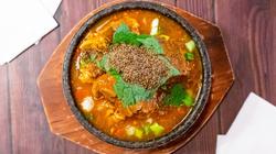 E7. Spicy Potato & Pork Bone Soup 감자탕