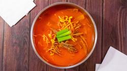 E6. Spicy Beef & Veggie Soup 육개장