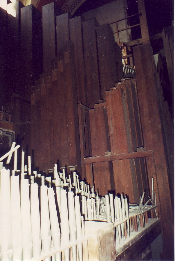 Inside the empty organ