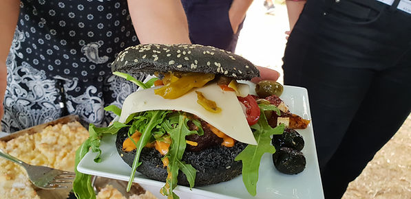 Burger Foodtruck Wedding-Catering.jpg