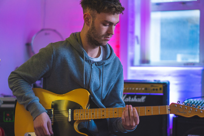 5 Reasons To Learn A Musical Instrument
