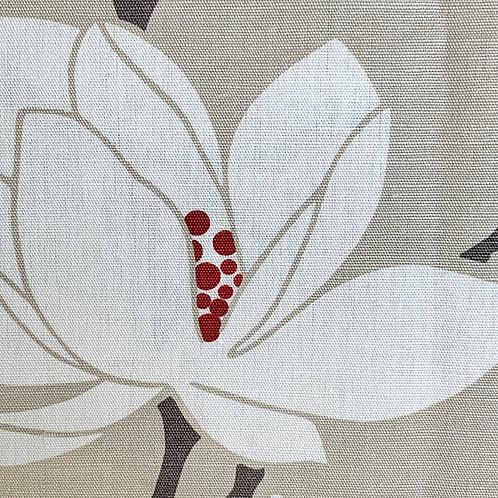White Red Flower