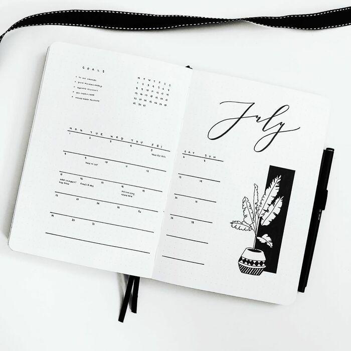 minimalist monthly bullet journal