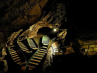 Grottes_de_Remouchamps.jpg