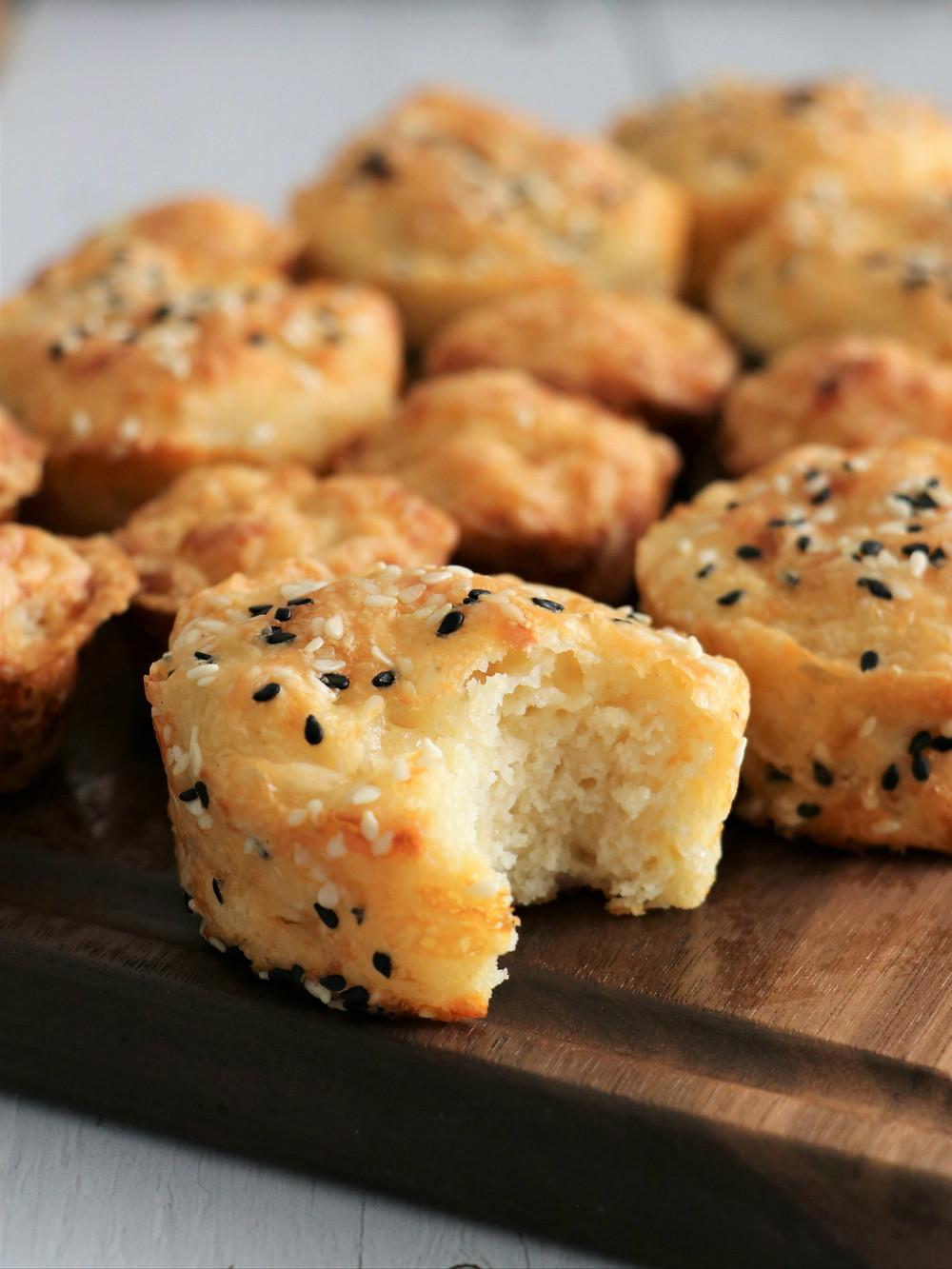 בואיקוס - לחמניות גבינה שמכינים בצ'יק.