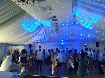 Amazing dancing photo at batch country house