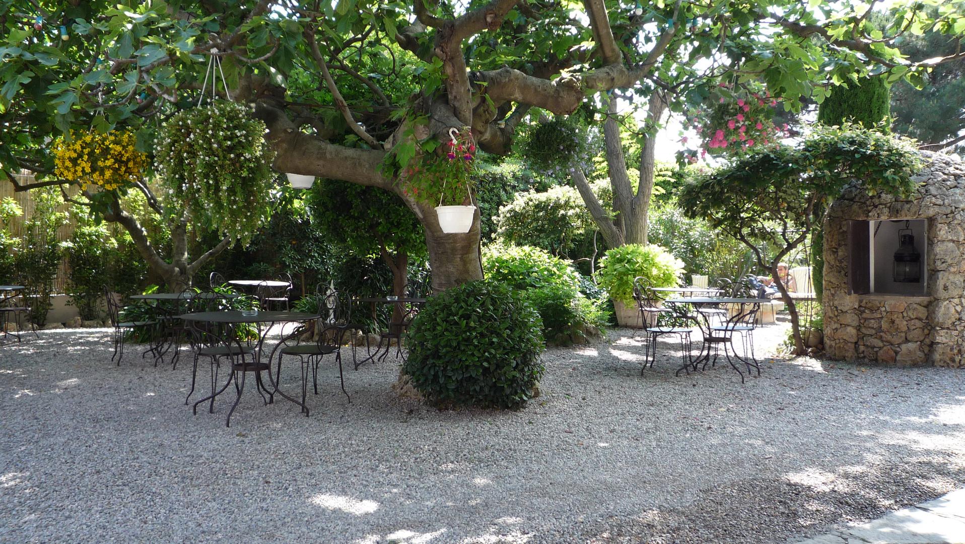 Terasse Hotel Lou Cagnard Saint-Tropez