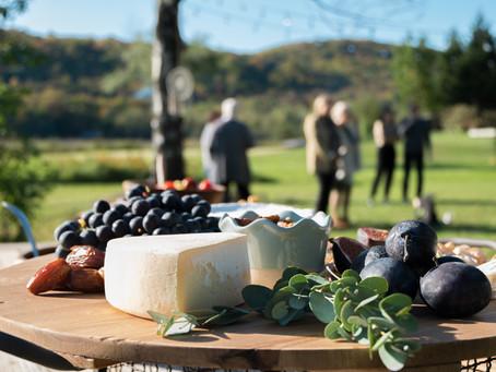 Planifier une célébration de vie : Que servir comme nourriture et boisson ?