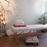 massagw table.jpg