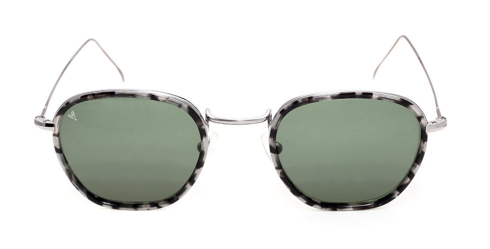 Jaime C03 Shiny Dark Silver Granite - Green G15 Lens