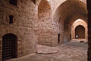 agia-solomoni-catacombs.jpg