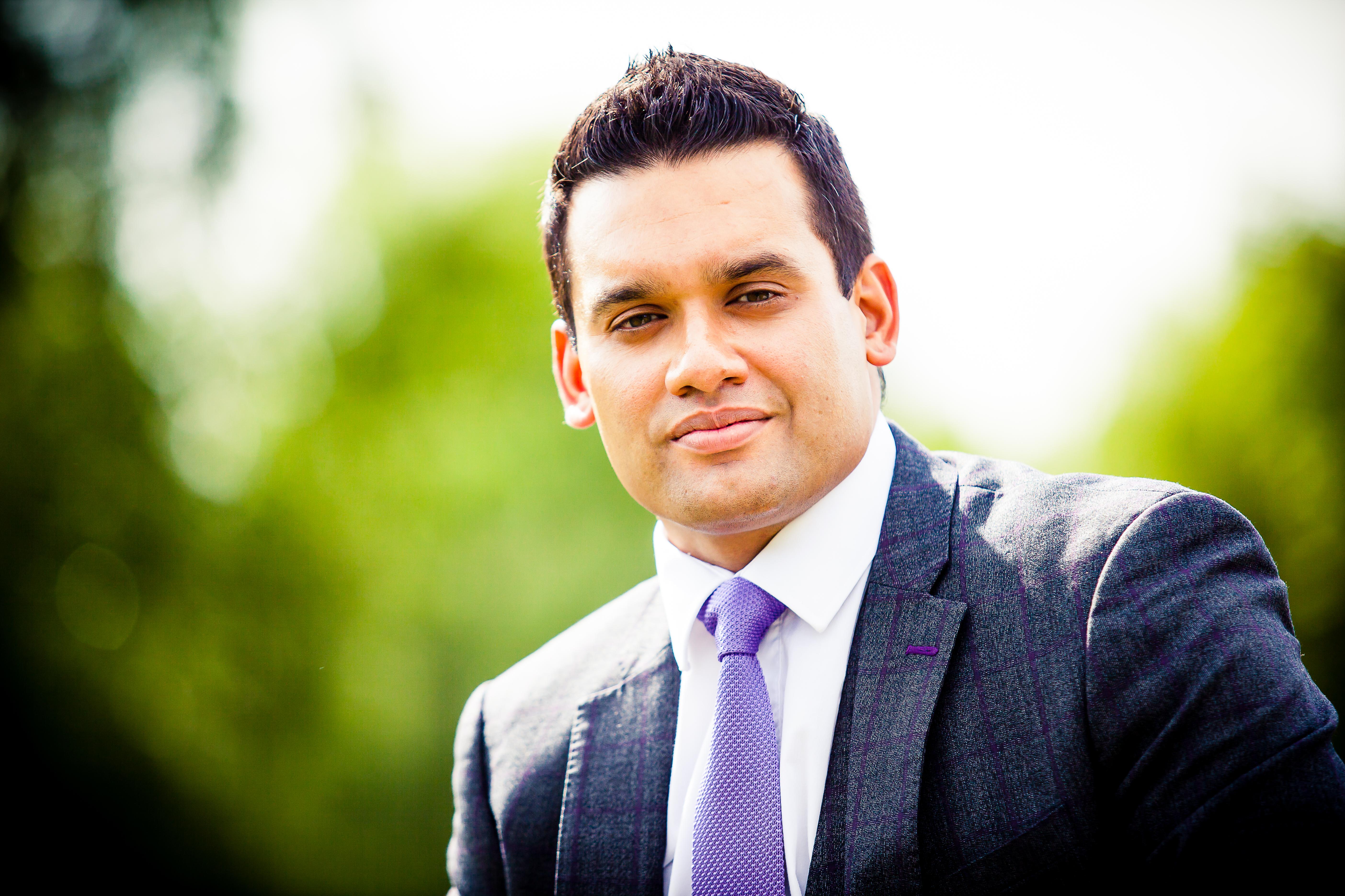 Adam Rasul headshot photograph