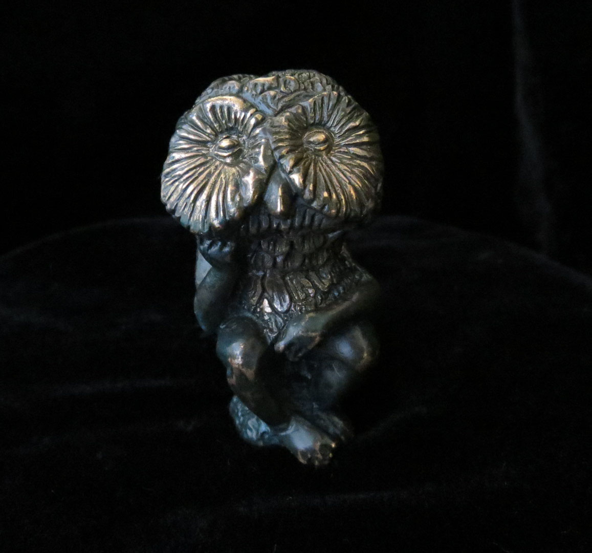 Wisdom Prayer Figure