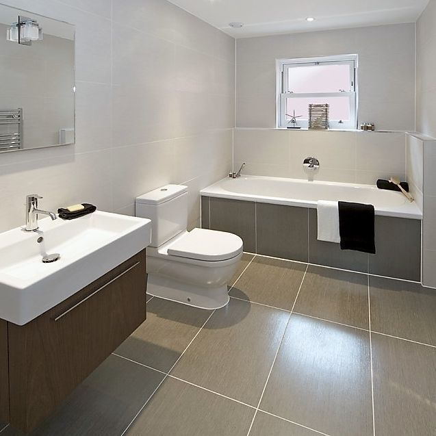 bathroom installation with tiling