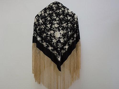 Mantón Negro en crudo mediano flores