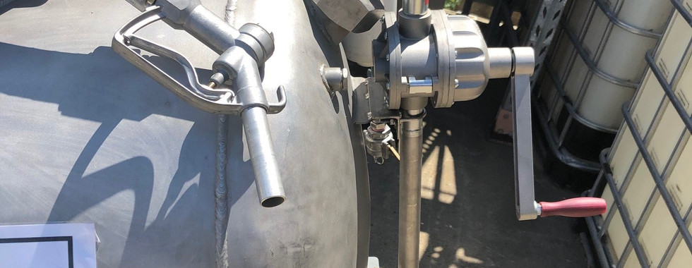 330ltr Trailer nozzle & pump