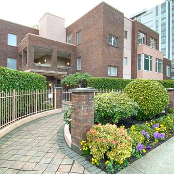 506-2271 Bellevue Avenue West Vancouver-