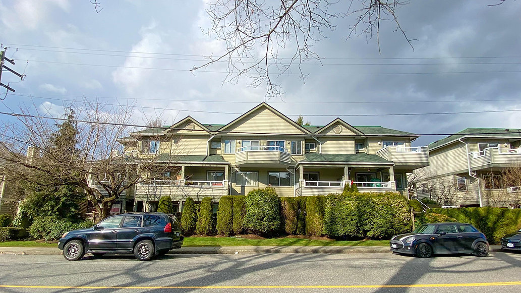 2-828 W 16th Street North Vancouver-1.jp