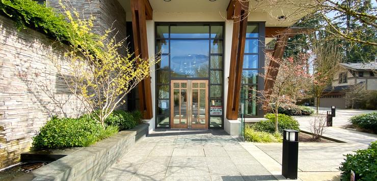 106-3606 Aldercrest Drive North Vancouve