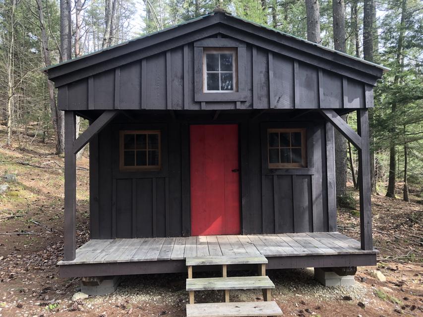 Camper Cabin - Lantern Light Summer Weekends
