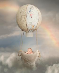 Newborn balloon Portrait