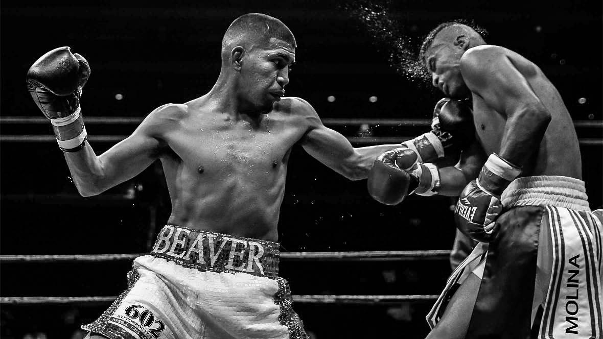 Alexis Santiago Fighting