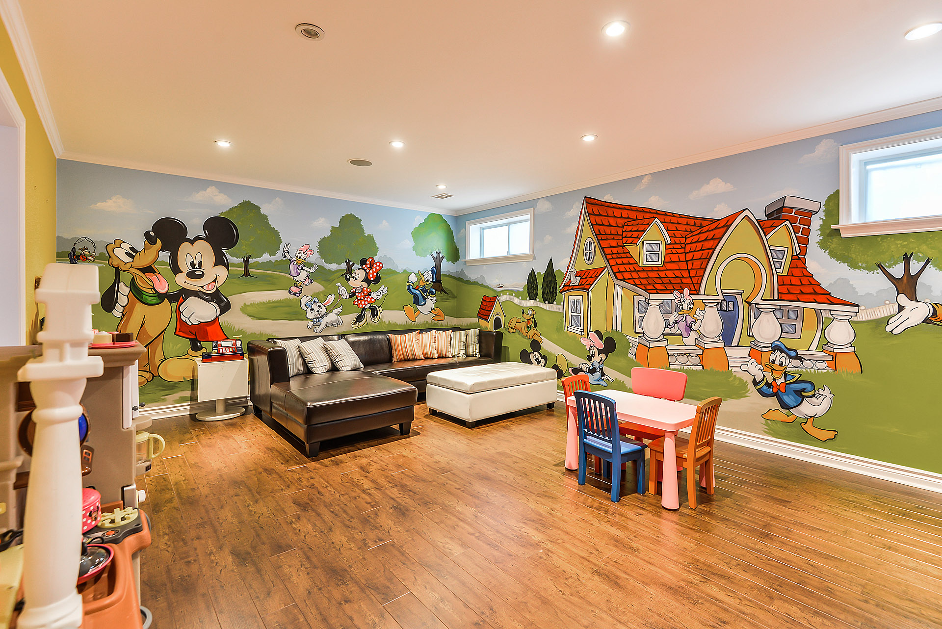 Murals By Marg Mickey Playroom Mural 1.JPG