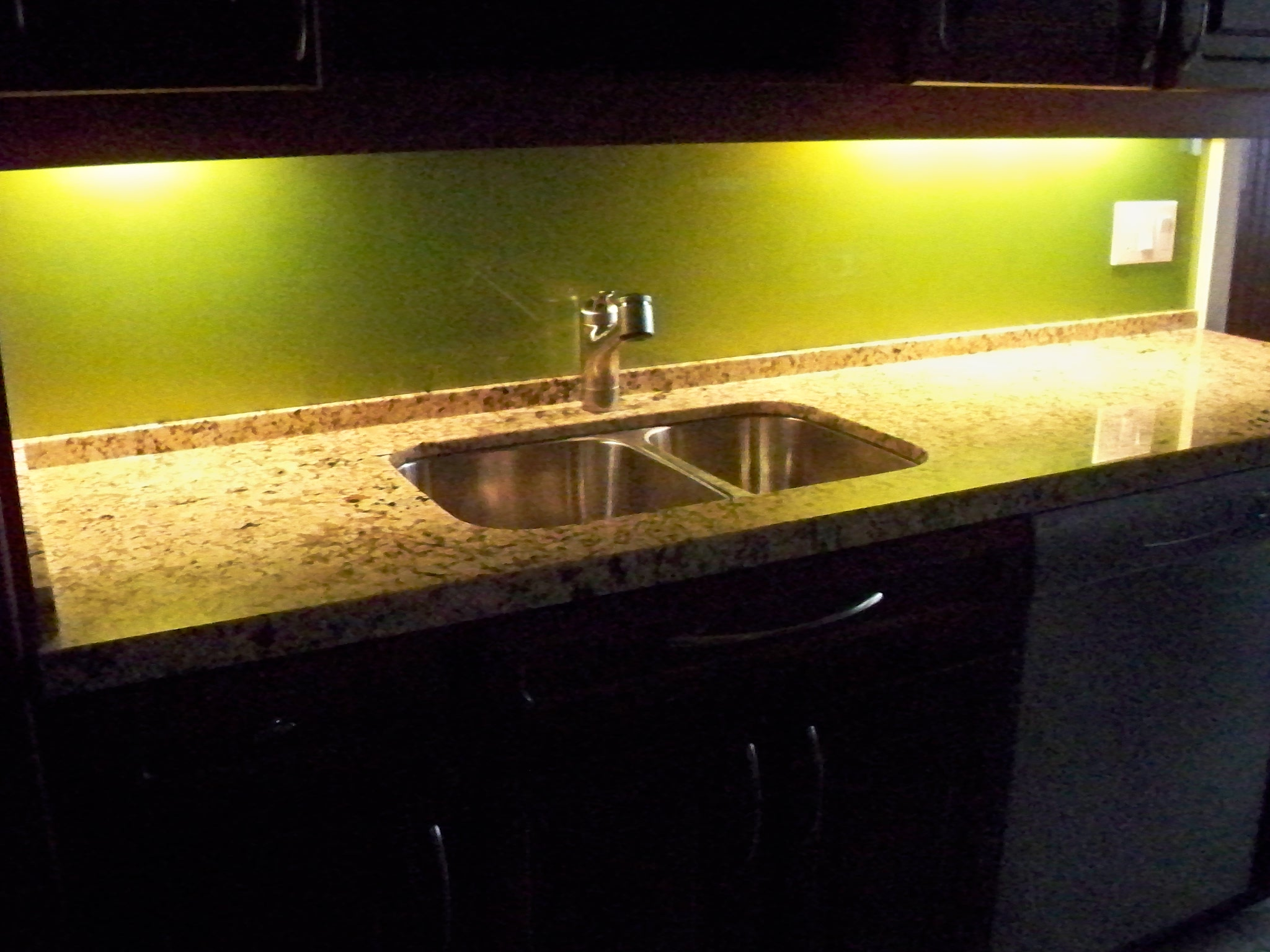 Kitchen Backsplash 2011.jpg