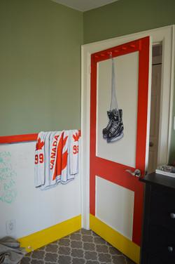 Murals By Marg -- boys hockey room 8_edited