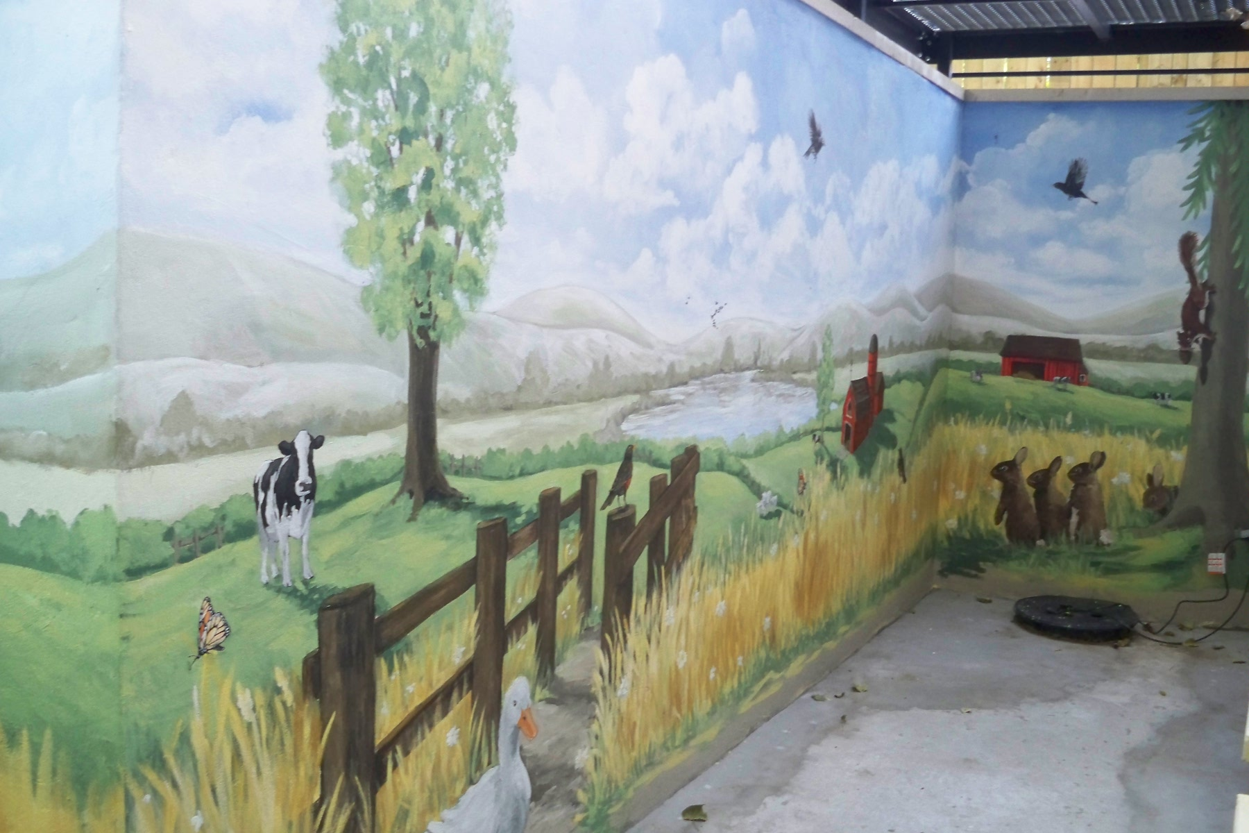 Murals By Marg TBA Farm Murals 2009 8.jpg